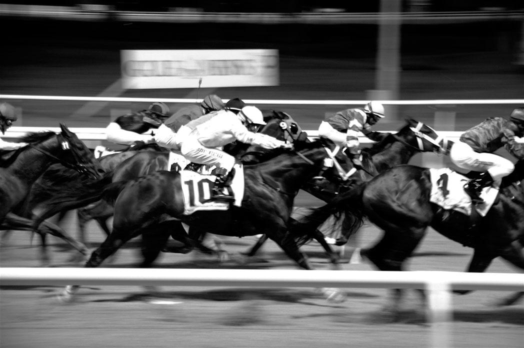 horse_race_jockey.jpg
