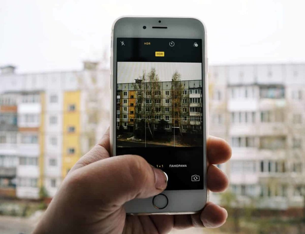 camera-millennials-mobile app design