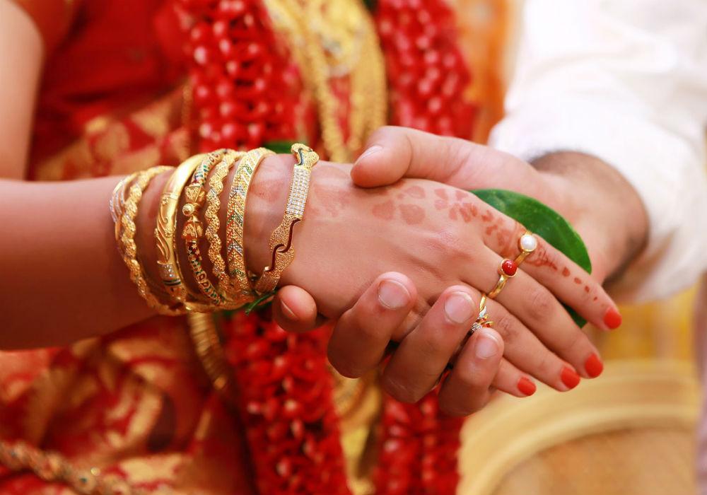 https://inc42.com/wp-content/uploads/2017/09/online-matchmaking-ipo-matrimony-sebi.jpg
