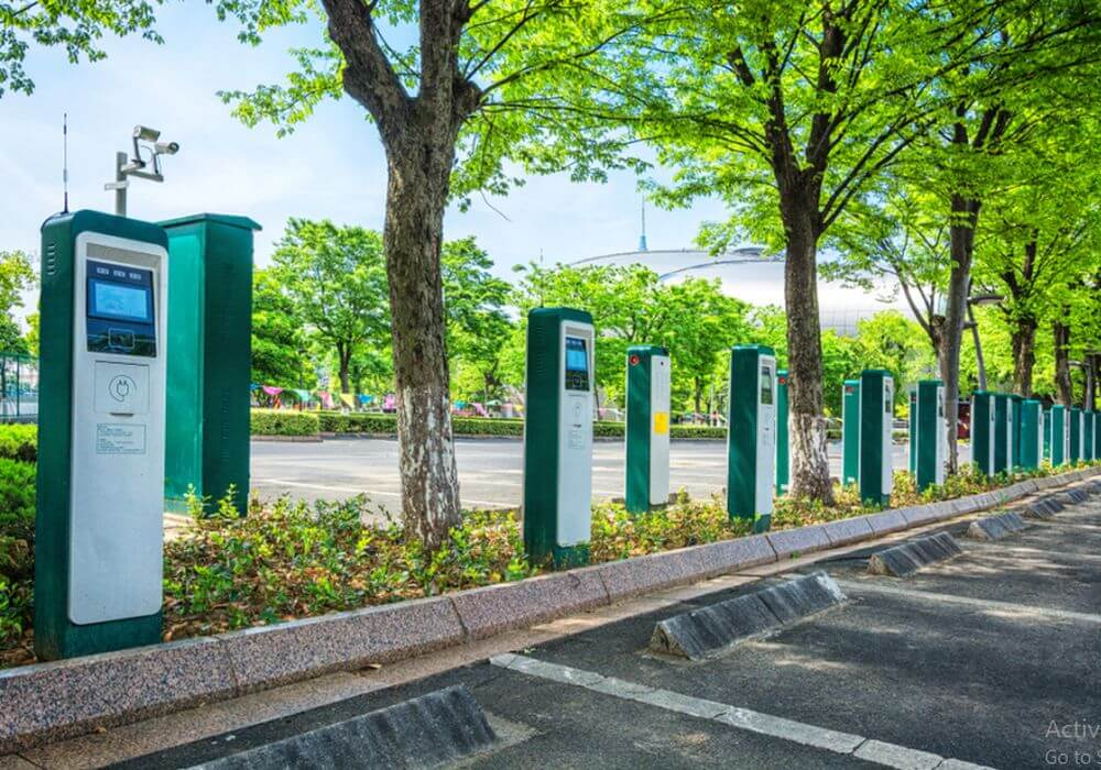 electric vehicles-evs-hyundai-essel