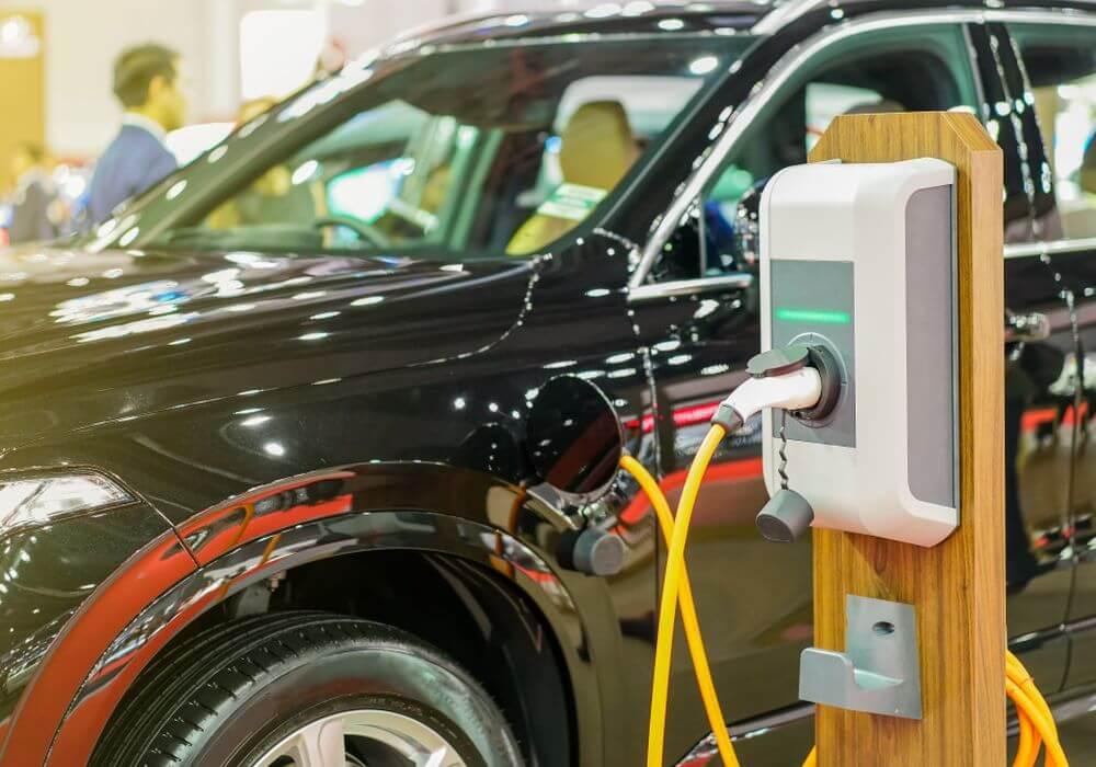 electric vehicles-suzuki-toyota