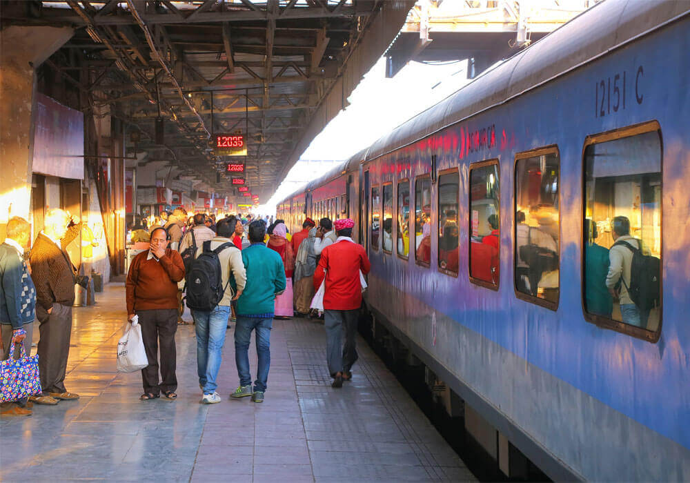 Northern Railways To Keep Cleanliness Check Via WhatsApp