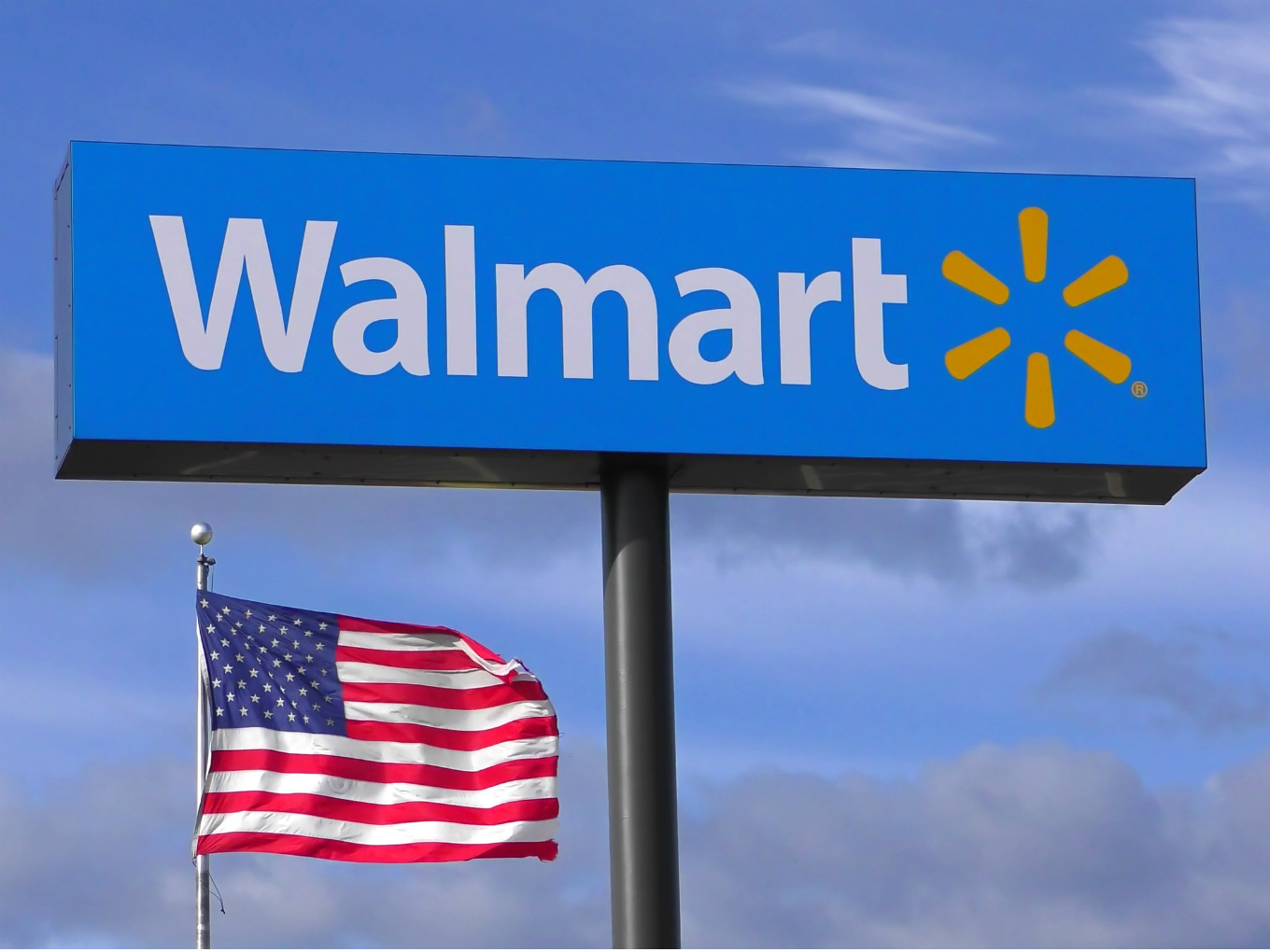 Walmart CEO McMillon Disappointed Over India's New FDI Ecommerce Rule