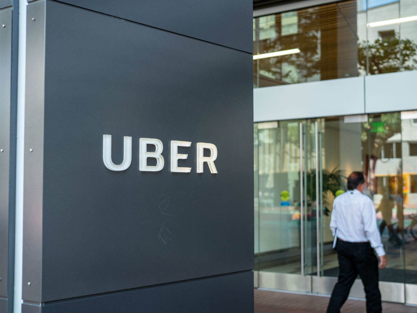 Uber Seeks $8 Bn-$10 Bn IPO But Will It Help Its Fortunes In India?