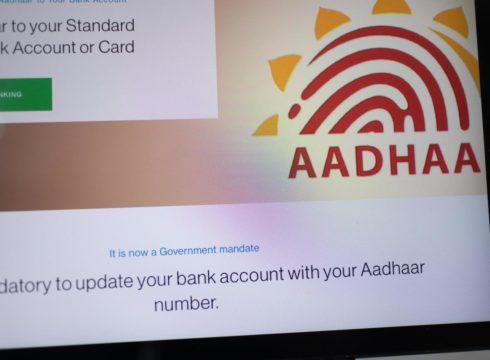MeitY Seeks UIDAI Opinion On Controversial Aadhaar Social Media Linking