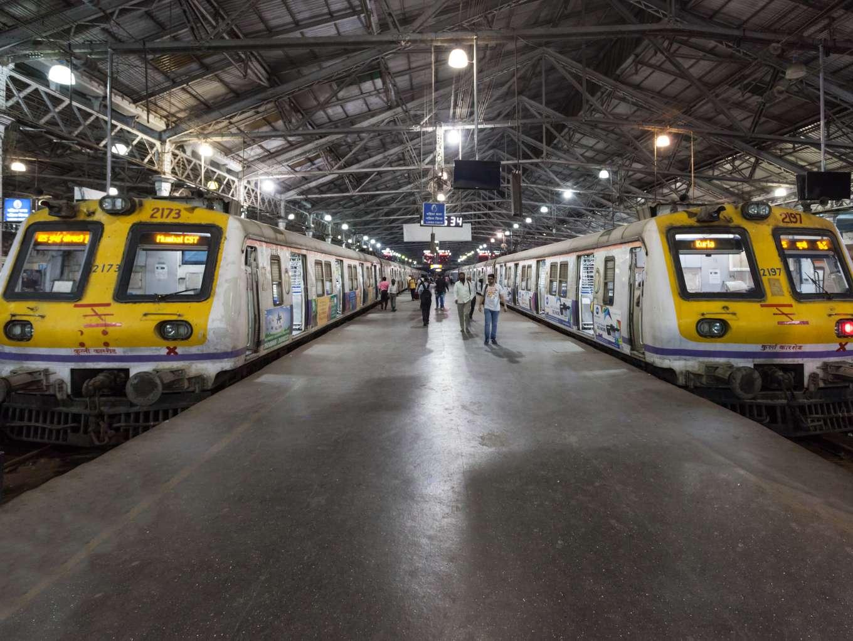 NITI Aayog Plans Indian Railways Modernisation Like Airports