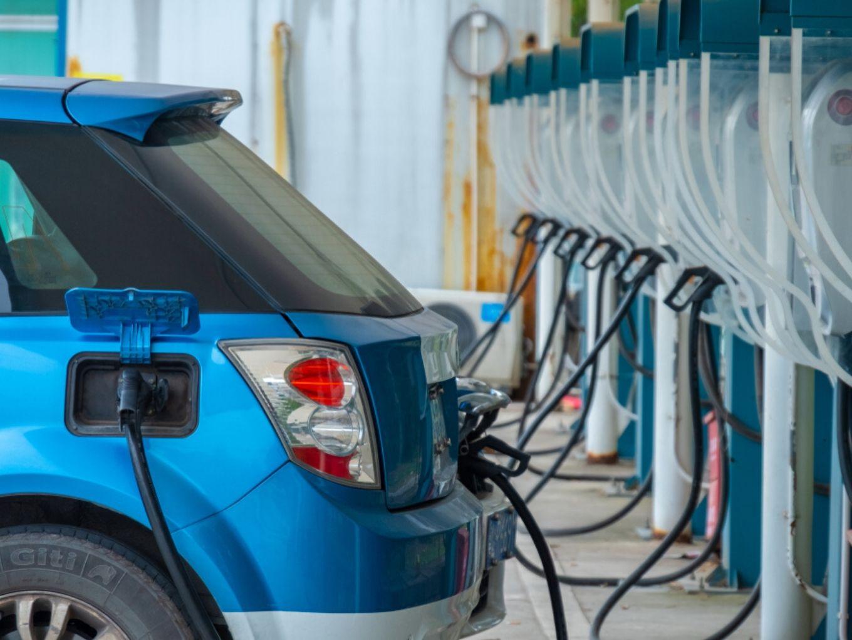 Govt Asks Chandigarh To Submit EV Ecosystem Progress Report