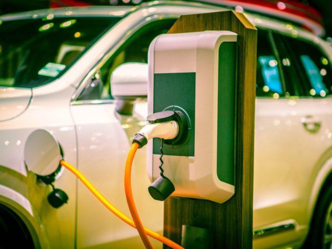 EESL, SDMC Set Up 1 Of 75 EV Charging In India