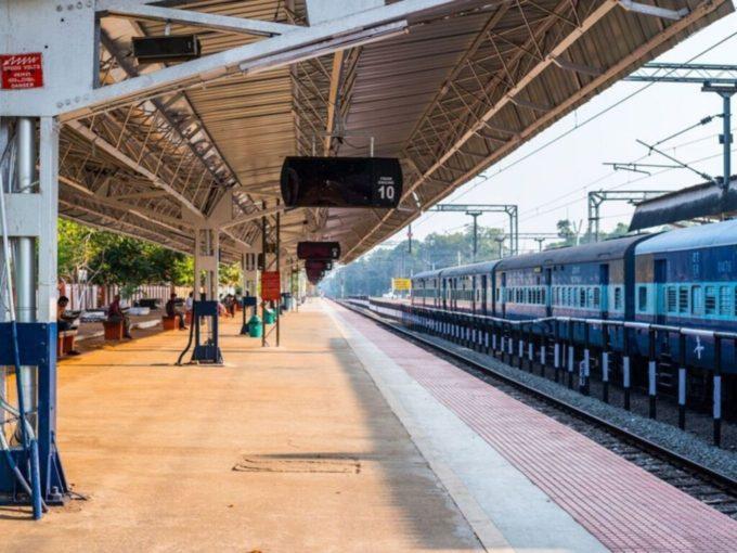 RailWire WiFi Now Across 5,500 Railway Stations In India