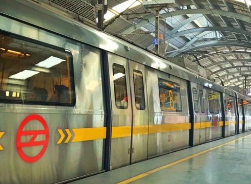 Delhi Metro Rail Corporation Gets Free In-Train WiFi Services