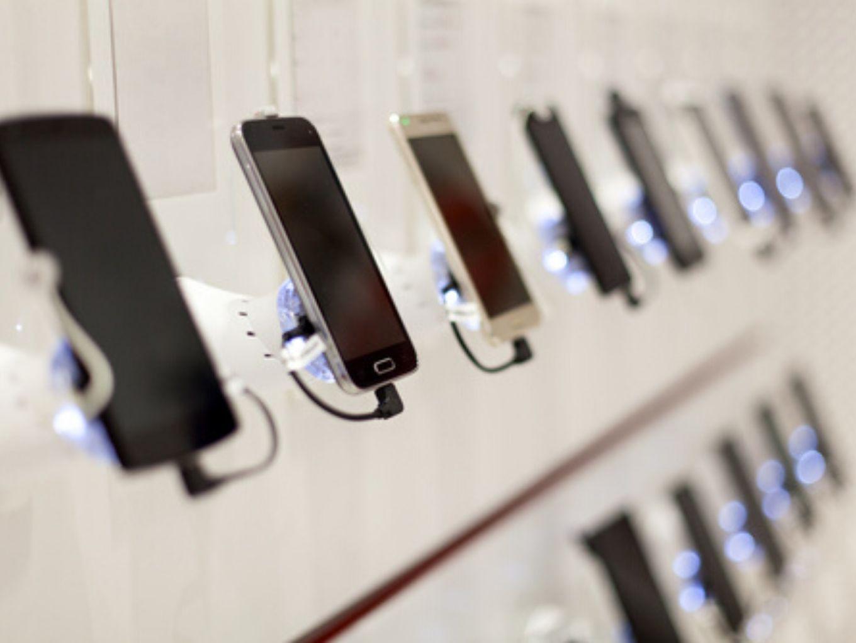 Will India's Smartphone Market Face Crunch Amid Coronavirus Outbreak?
