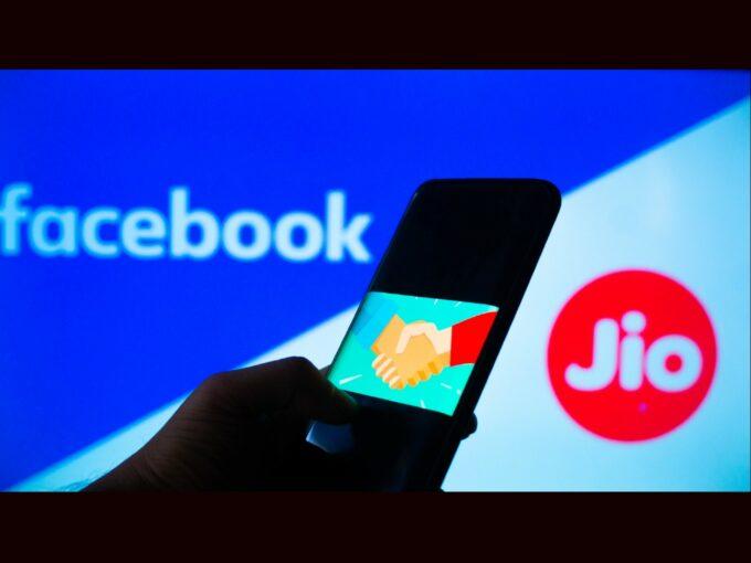 WhatsApp Gives JioMart A Big Boost But Supply Chain Will Be A Hurdle
