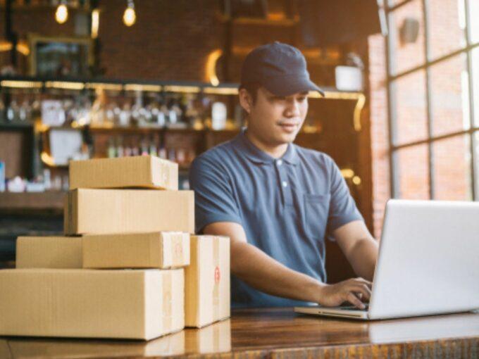 Amazon, Flipkart Sellers Allege Payment Delay, Product Delisting