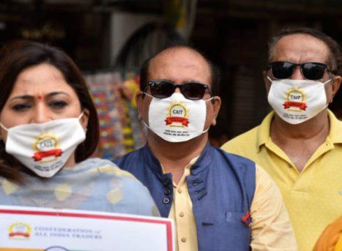 CAIT Asks PM Modi To Set Up Ecommerce Regulator To Monitor Amazon, Flipkart